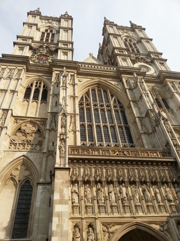 Лондонската кула HotelFinder търсене и оценка на хотели Лондон за три дни