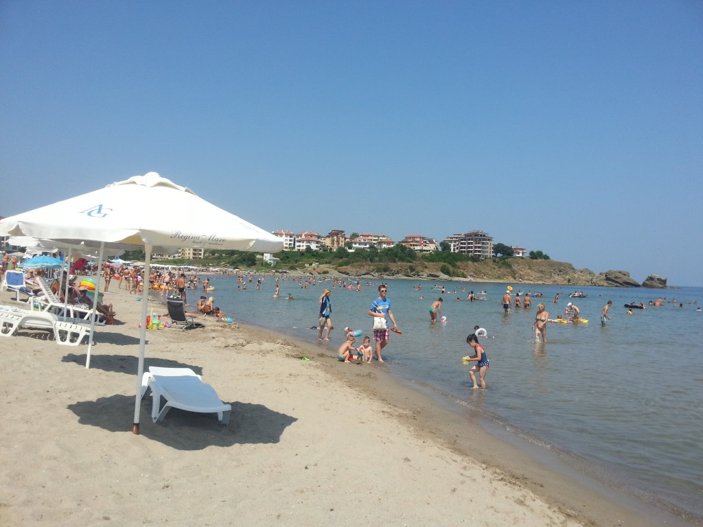 Плаж Нестинарка HotelFinder търсене и оценка на хотели