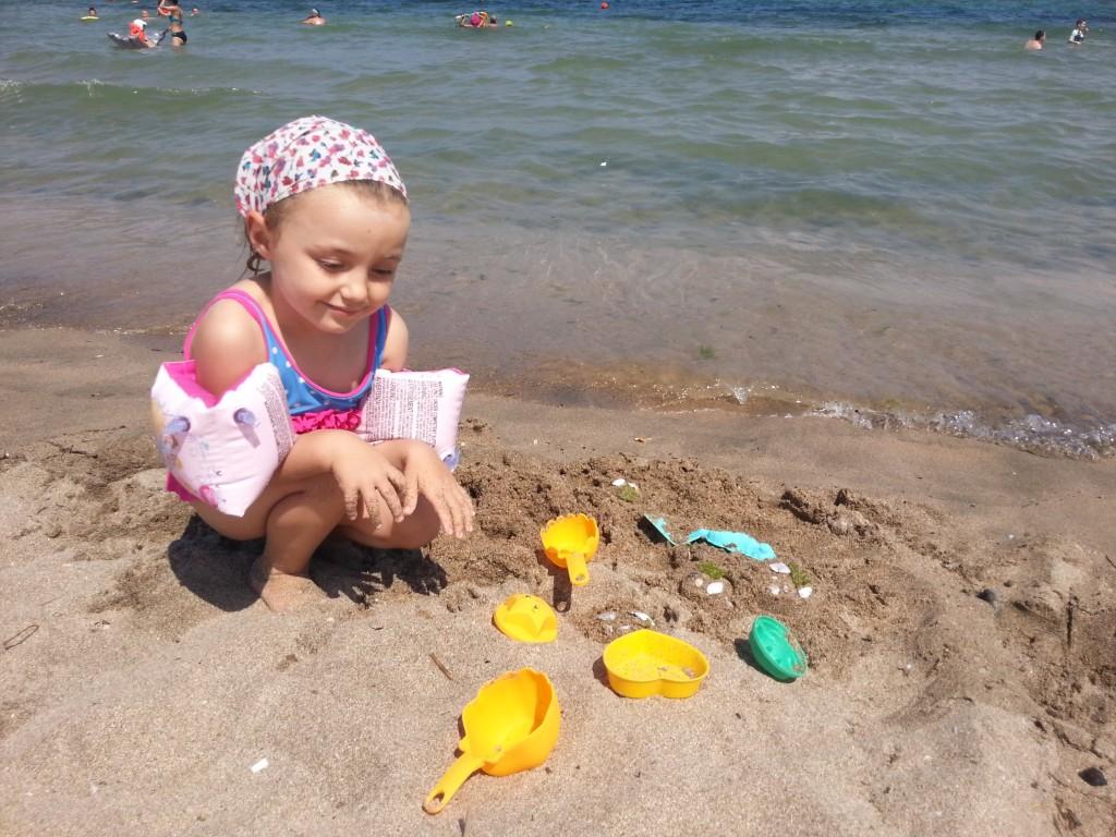 Плаж Корал HotelFinder търсене и оценка на хотели