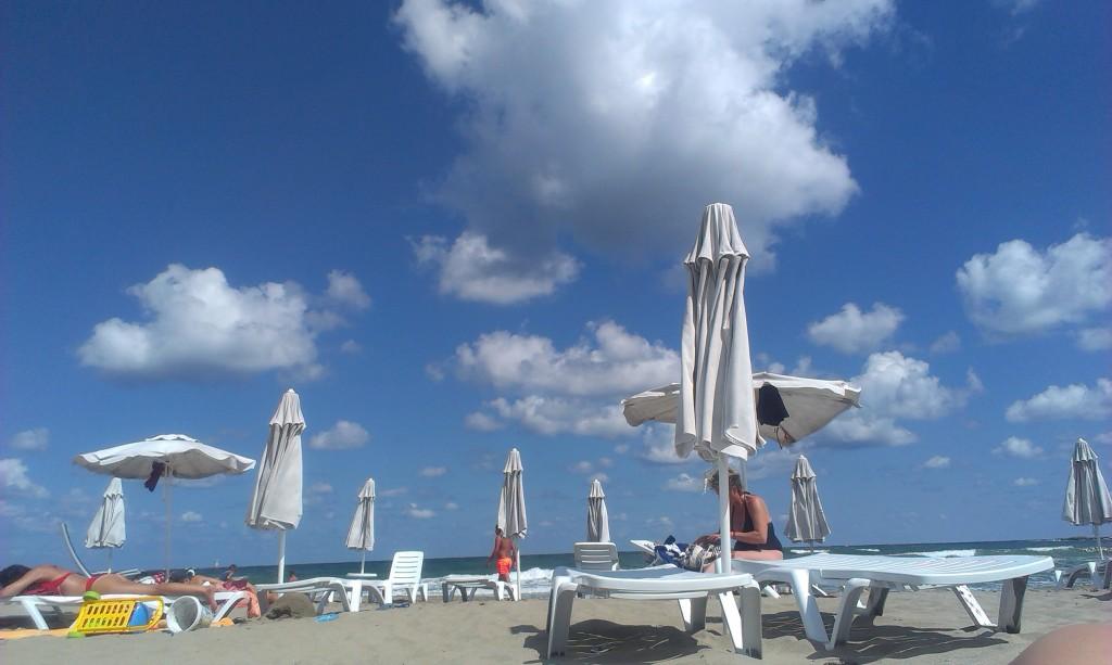 Плаж Нестинарка HotelFinder търсене и оценк на хотели