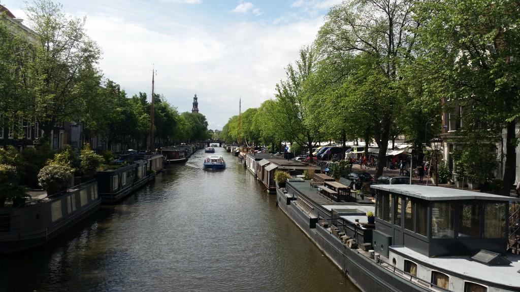 Разходка в Амстердам HotelFinder търсене и оценка на хотели
