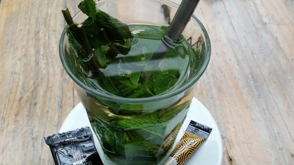 Чай от мента в Хаарлем HotelFinder търсене и оценка на хотели