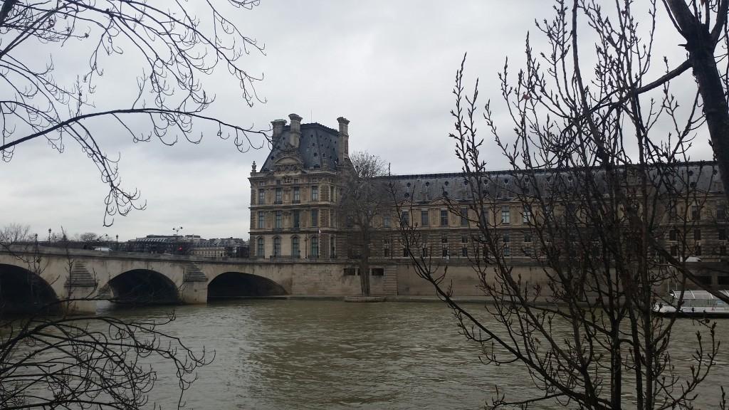 Лувър Париж HotelFinder търсене и оценка на хотели