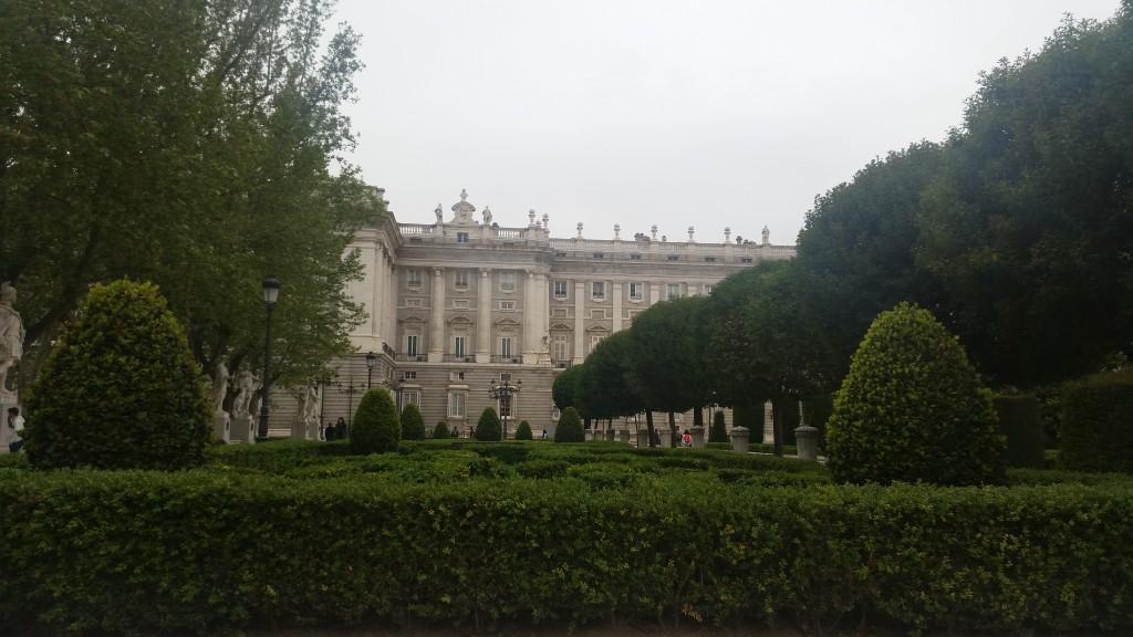 Palacio Real de Madrid HotelFinder търсене и оценка на хотели